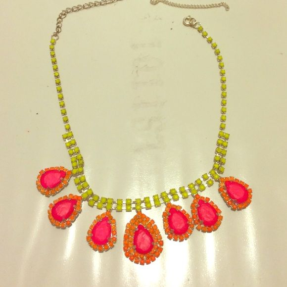 ⚡️FINAL SALE⚡️Neon necklace Yellow, hot pink and orange necklace on silver chain. A little longer than a choker. Super cute for summer! Jewelry Necklaces