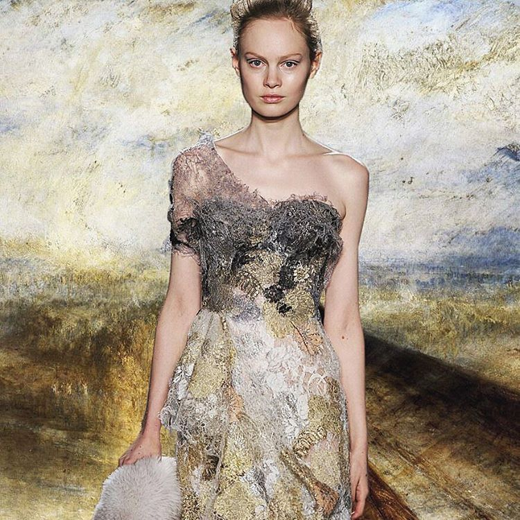 Rain, Steam and Speed – The Great Western Railway by William Turner and Marchesa Fashion @marchesafashion FW14  • Instagram : Mode.Arte • Facebook Mode.Arte • Tumblr : modearte.tumblr.com © Marion Trumier