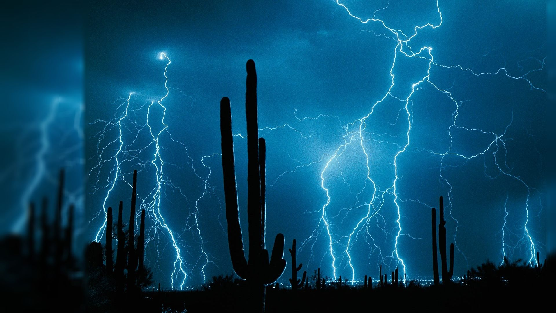 lightening storm over the desert | 40 Live Wallpapers In ...