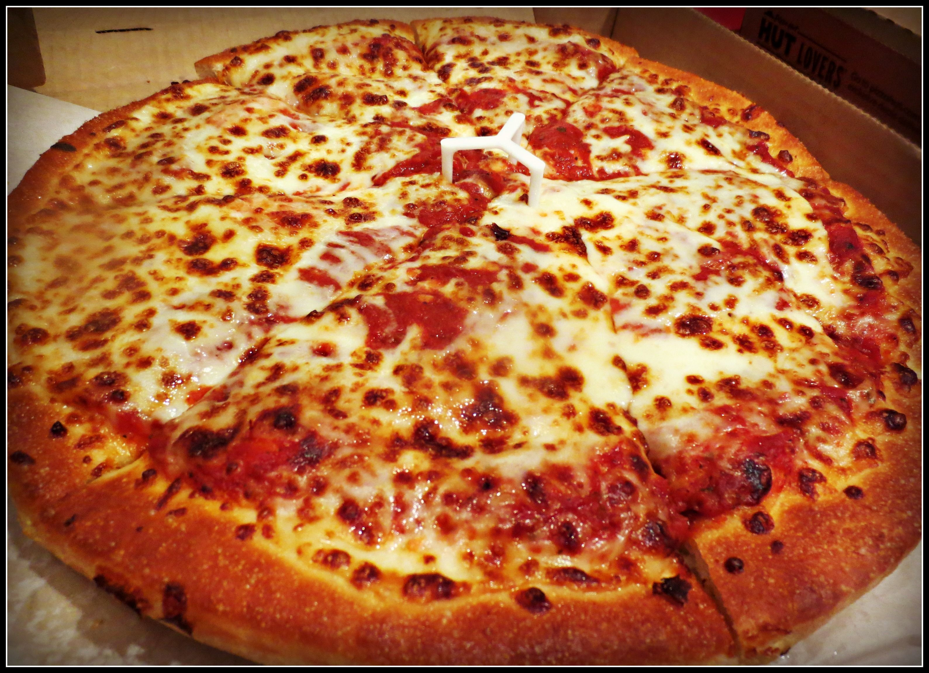 Eating Pizza Hut Superbowl Snacks Pizza Hut Cheese New York Pizza