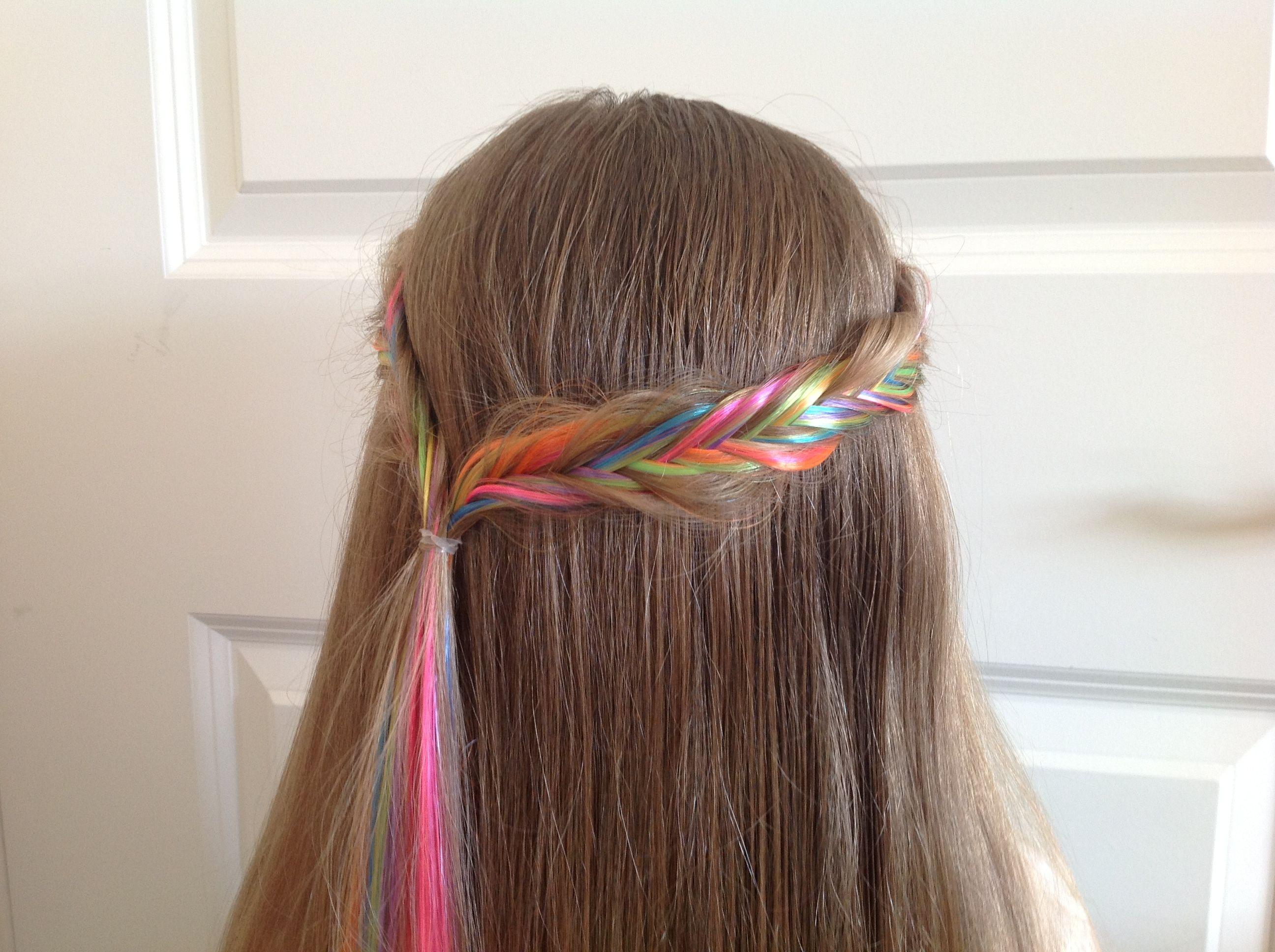 Herringbone with rainbow extensions.