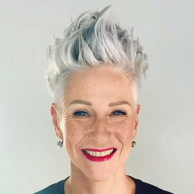 20 Best Short Hairstyles For Women Over 50