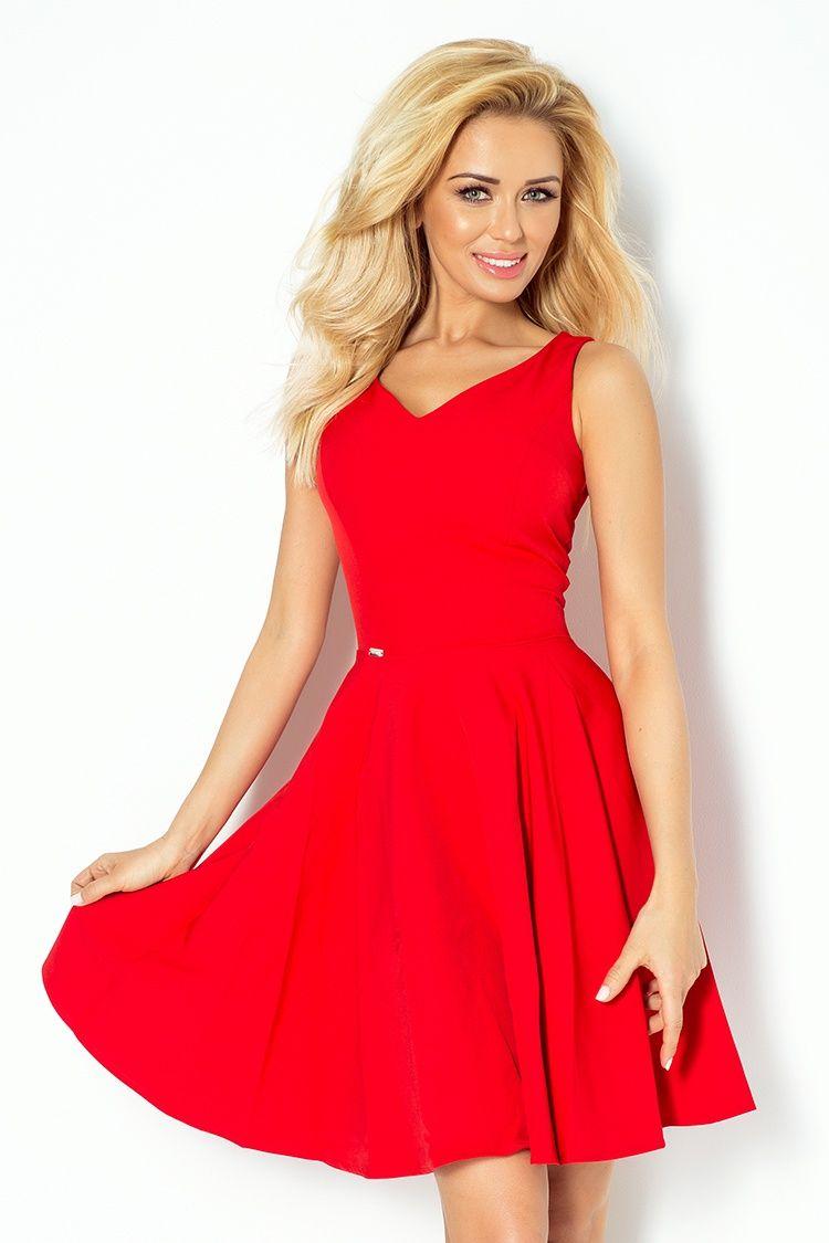 Schönes Kleid mit Herzausschnitt in rot | Mode | Pinterest | Rot ...