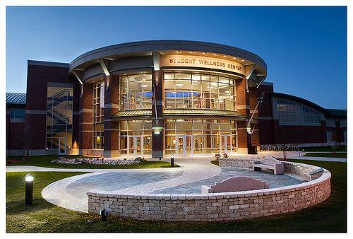 The 10 Most Awesome College Gyms University Of North Dakota North Dakota Grand Forks