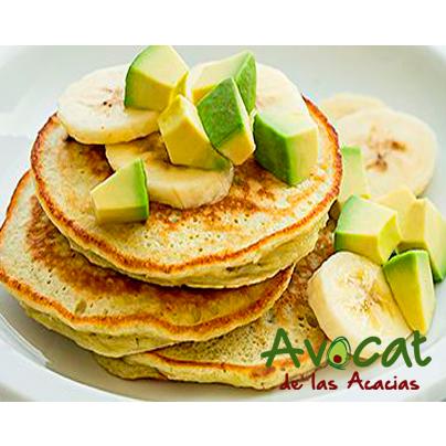 Pancakes con aguacate y banano ¡Comienza tus mañanas con toda la energía! #avocatacacias #aguacatehass #consumemashass
