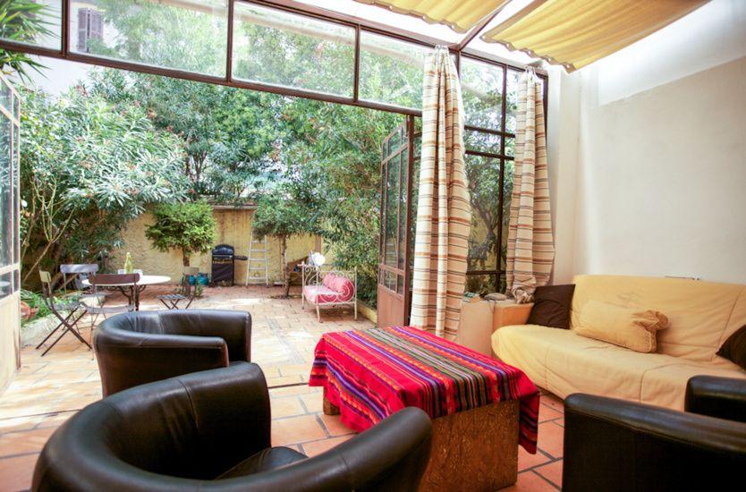 Vendu Par Terrasse En Ville Chave T2 40m2 Lc Veranda 18m2 Jardin 45m2 Cave 188 000 Maison Idees Pour La Maison Appartement