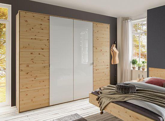 Stunning Kleiderschrank aus aromatischem Zirbenholz modern kombiniert mit elegantem Wei glas Genie en Sie den aromatischen Duft des Naturmaterials Ihrem Zuhause