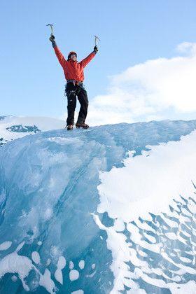 Senderismo en el Glaciar de Sólheimajökull y escalada en el Hielo.