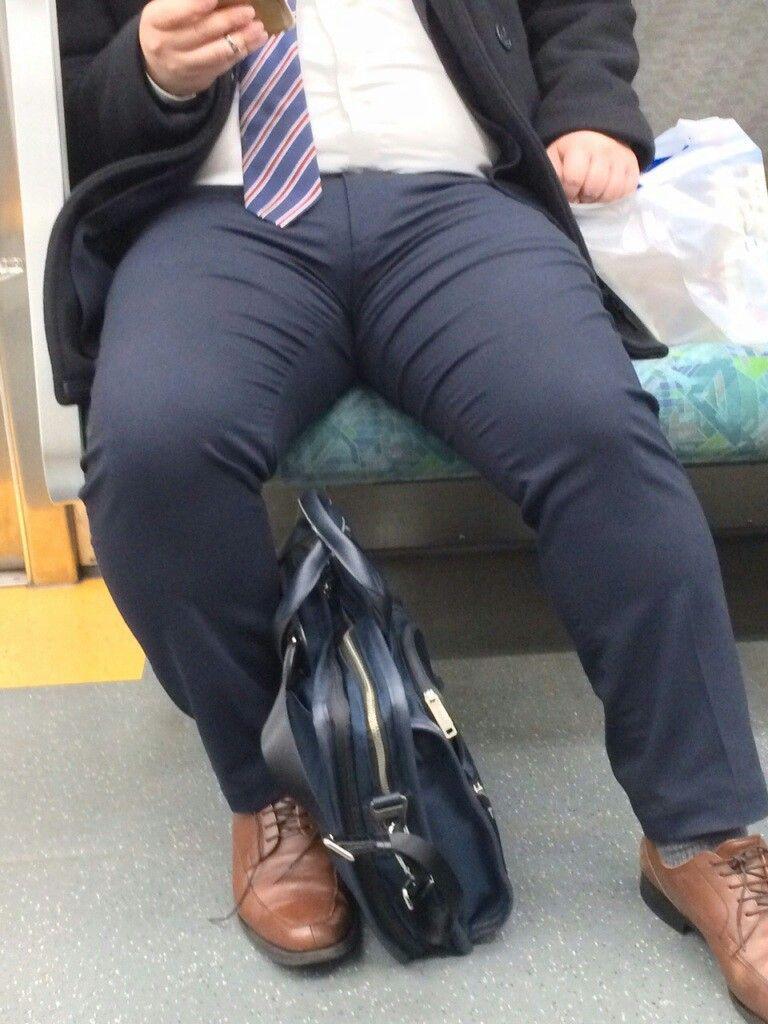 電車 ゲイ 巨根