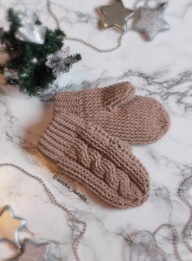 Crochet Cable Mittens Make For Quick And Easy Project Make A Pair Of Crochet Mittens As A Gift Diy Pdf Pattern With Step By Step Pictures Diagrams And Writt