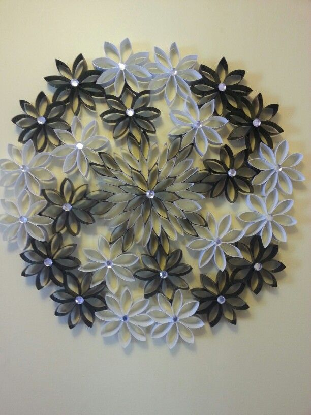 Black White Wreath Toilet Paper Crafts Paper Towel Roll Art