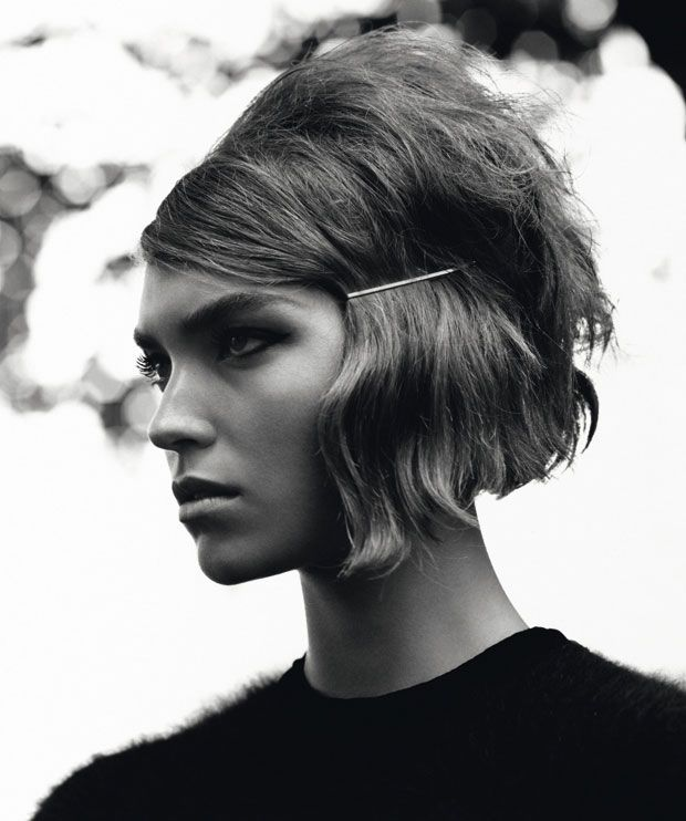 The mod bob.The 60s might be long gone, but that's not to say that its Mod vibes are any less alluring. With the 1960s very much a part of the fashion scene again, our attention turns to the hairstyles and haircuts that not only have overtones of the decade, but also romanticise it. And romantic is precisely what the Mod bob is.