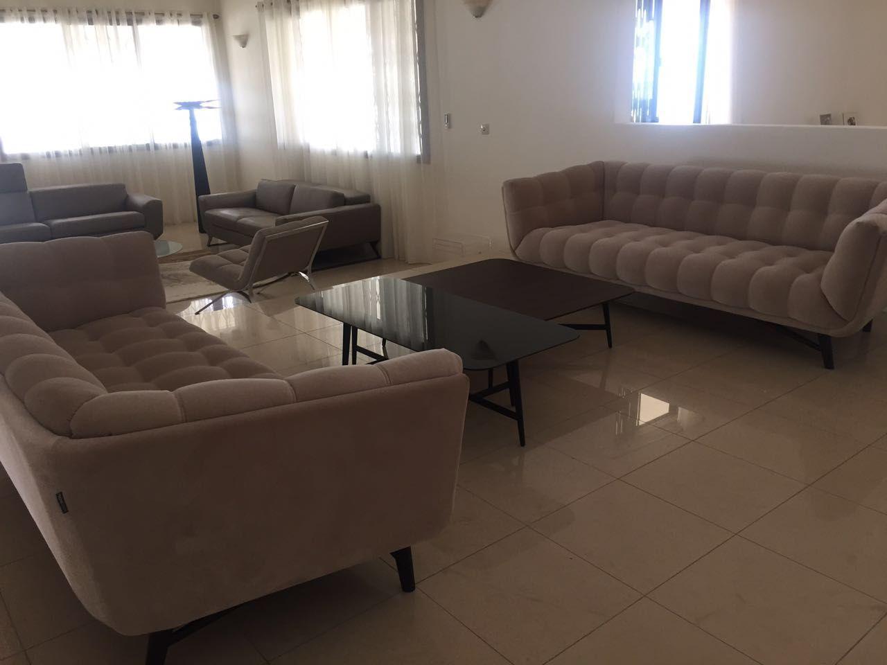 Canapes Profile Et Tables Basses Octet Mobilier De Salon Decoration Maison Table Basse