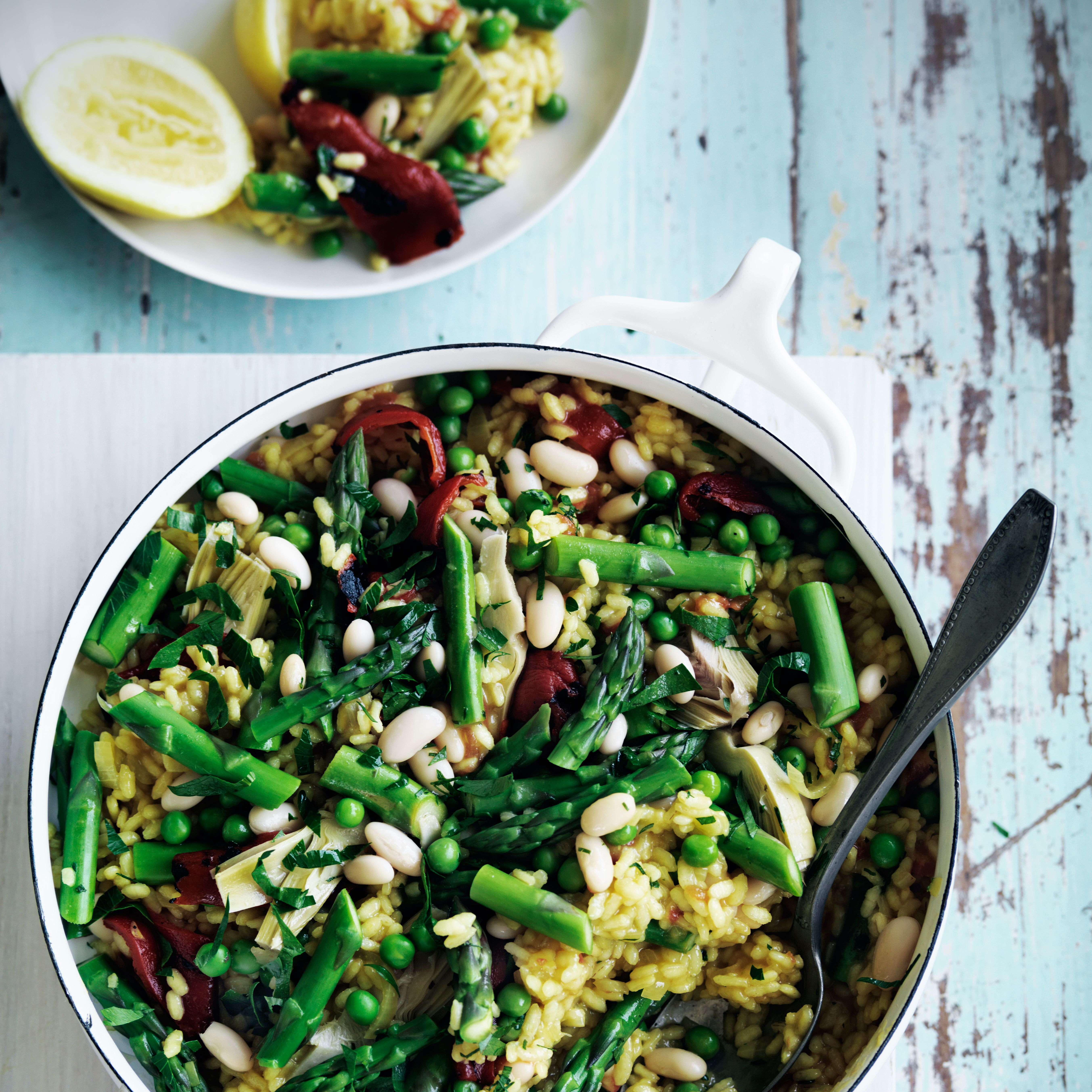 Spring vegetable paella paella wine and spring great food spring vegetable paella quick vegetable main dishes such a yummy food forumfinder Choice Image