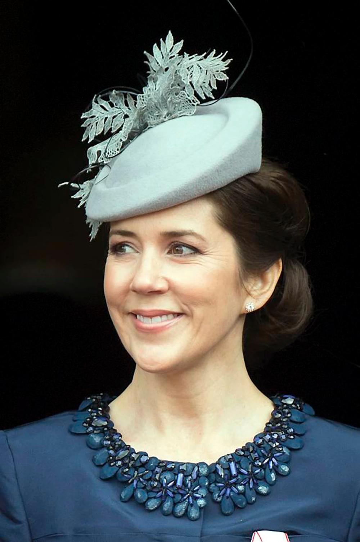 SE BILLEDERNE: Kronprinsesse Marys 25 flotteste hatte | BILLED-BLADET