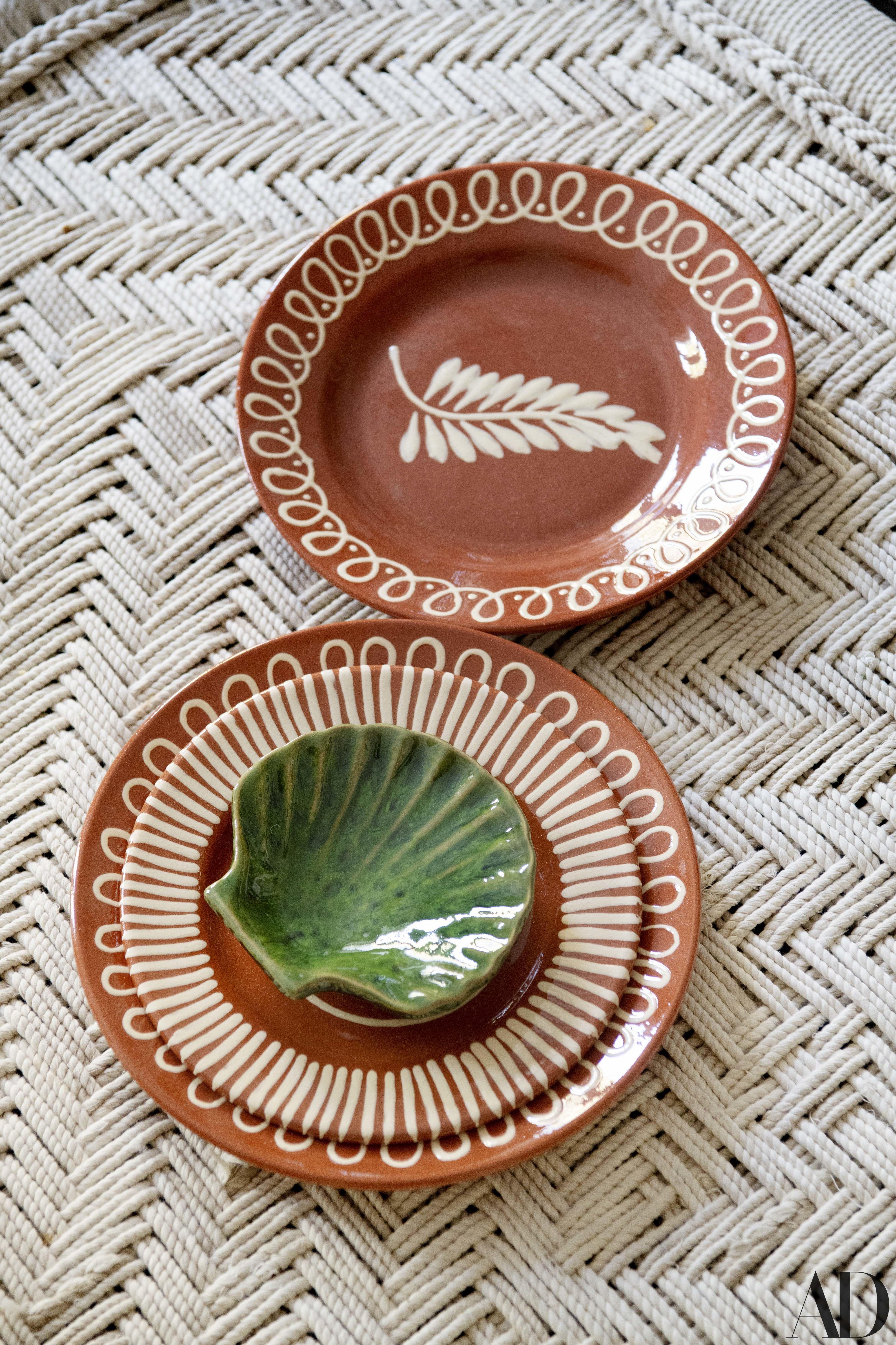 Discover Carolina Irving S New Collection Handmade Ceramics Slab Pottery Table Setting Inspiration