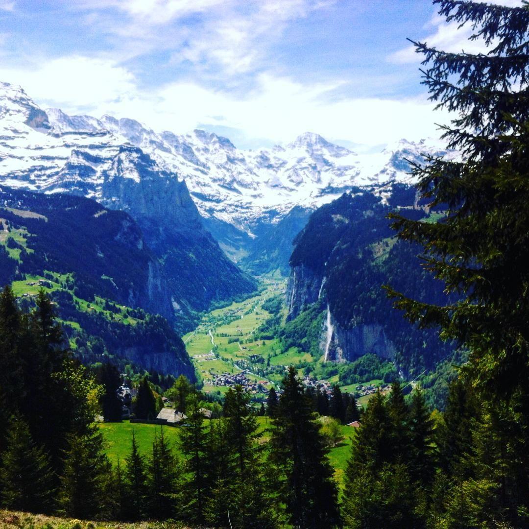Lauterbrunnen Valley, Switzerland (photo by sinasserendipity - Instagram)