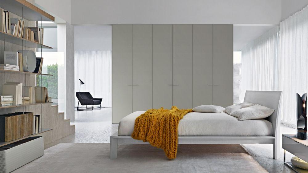 Levante beds molteni north fork guest design del for Mobili italiani design