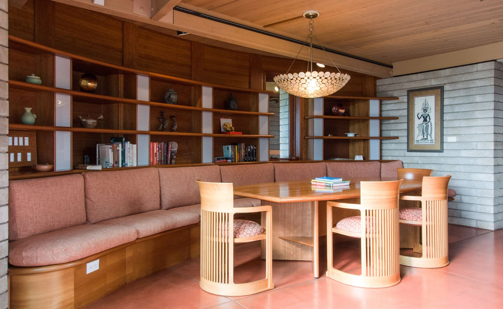 What We Learned From Staying In A Frank Lloyd Wright