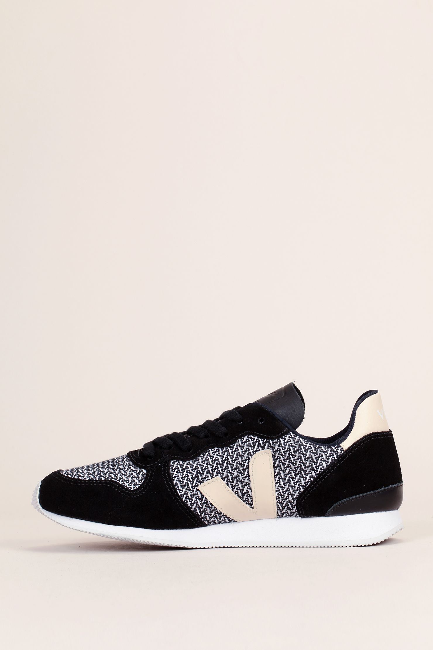 1d89b600b Veja Trainers   Wedge Trainers in Black