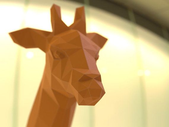 Das Papiermodell der Giraffe wurde auf Anfrage an Frau Omare Flurina gemacht. Es kam wirklich gut und ich bin froh, dass ich es tat. Wie üblich, ist es eine Low-Poly, facettiert geometrische Art von Kunst. Sie haben die Datei herunterzuladen, die Teile schneiden und sie dann zusammenkleben im Anschluss an die entsprechenden Zahlen.   Die fertigen Modell Abmessungen sind:  500 x 251 x 349 mm  oder  19,69 x 9,88 x 13,74 in  42 Teile  (Wenn auf A4 / Letter Blatt Papier gedruckt)  Geschätzte…