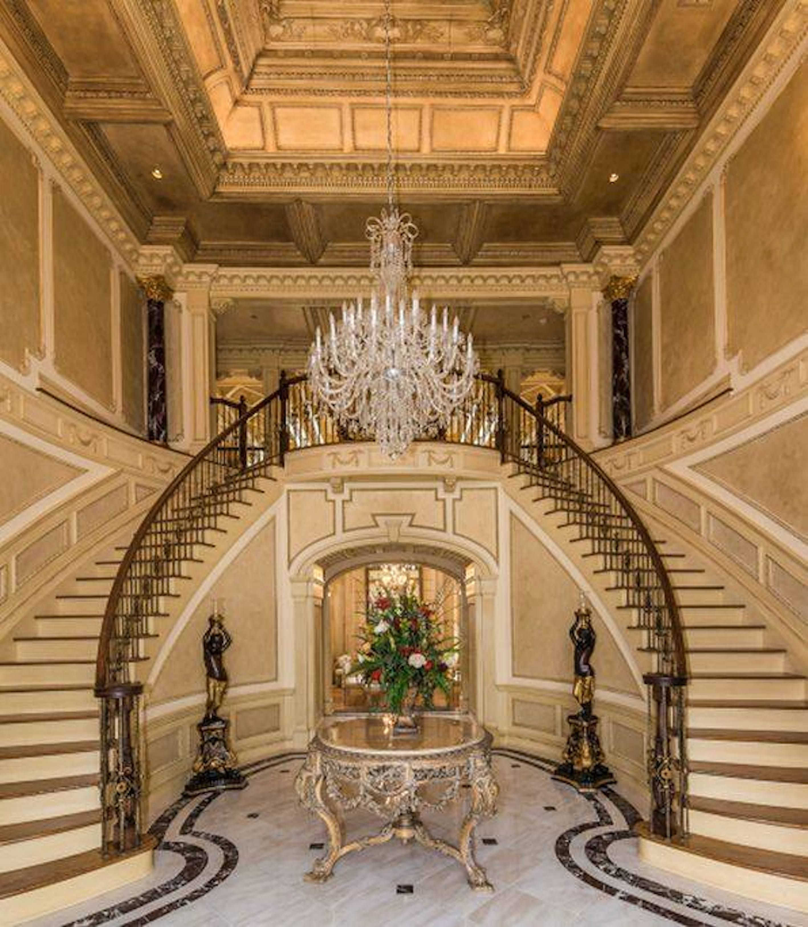 A colection of the most beautiful staircases