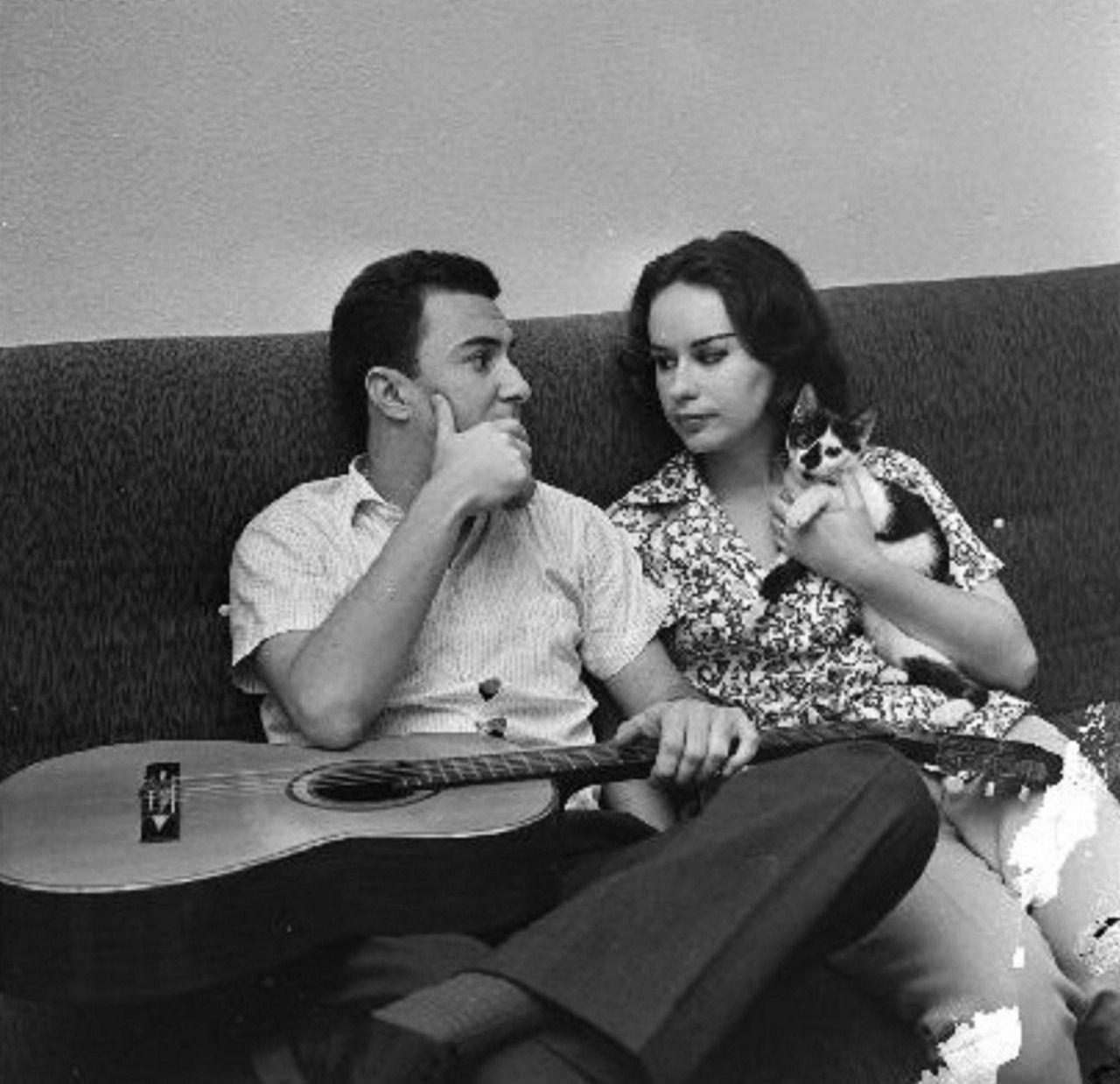 Joao Gilberto Astrud Gilberto Almost Famous Cats Com Imagens