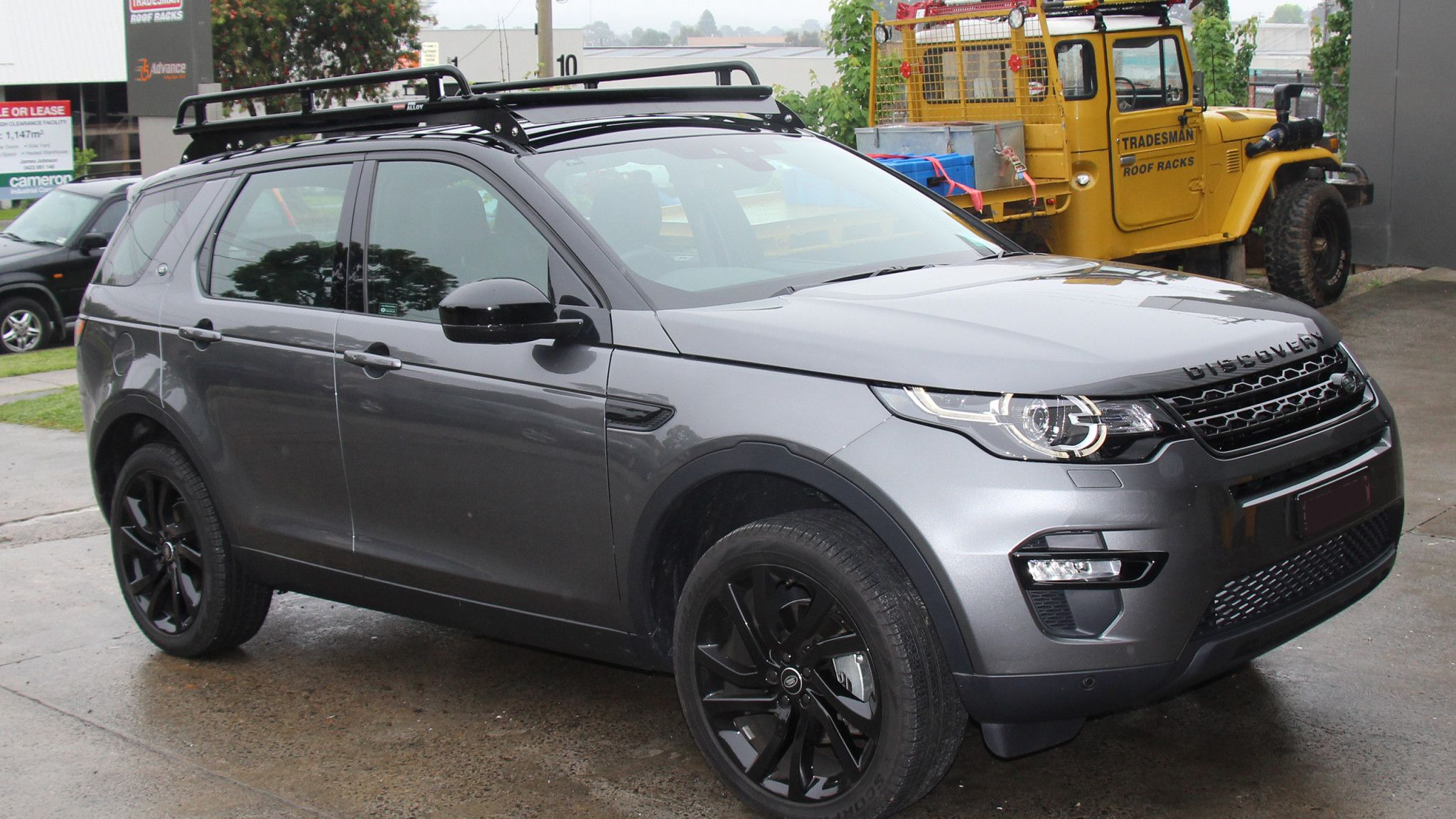 Land Rover Discovery Sport roof racks | Cars and bikes ...