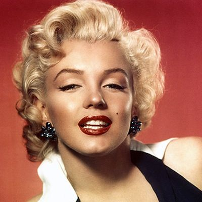 How To Get The Look: Marilyn Monroe 50th Anniversary: Hair And ...