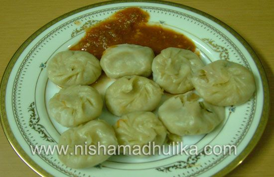 Vegmomos1 food pinterest chutney snacks and gujarati food momos are tibetan food they are also called tibetan steamed dumplings they require very little oil and are prepared with steam forumfinder Images