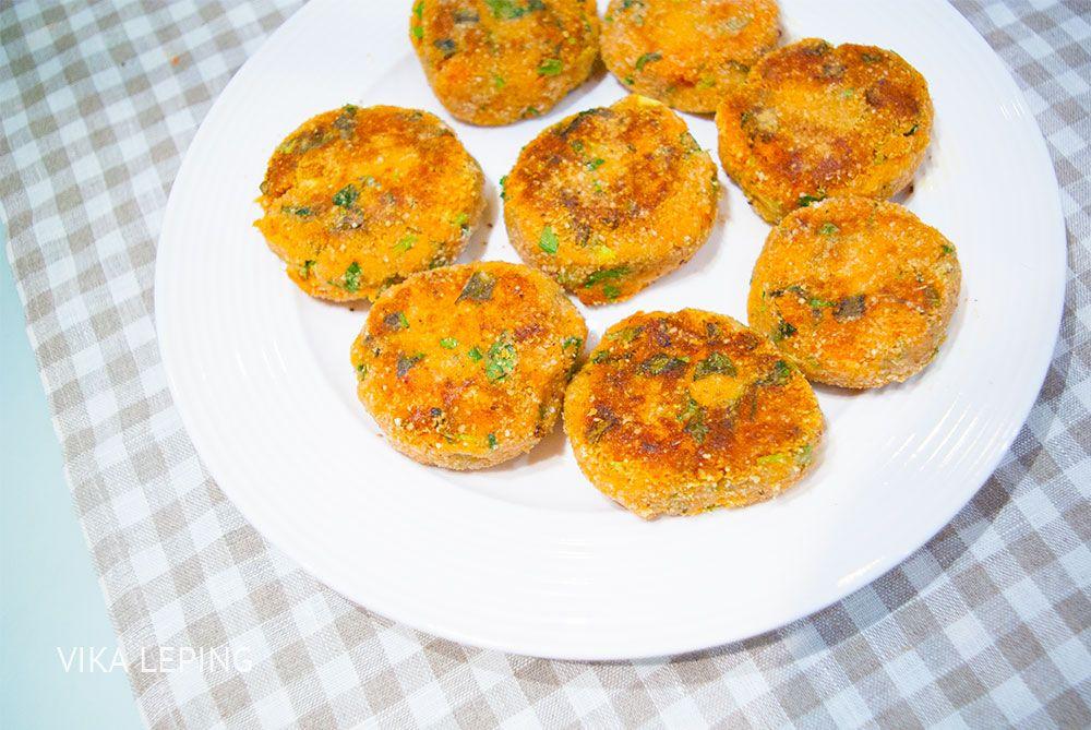 Постные морковные котлеты - идеальный вариант ужина в Великий пост, который придется по вкусу даже самым привередливым мужчинам!