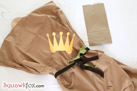 Make a last minute Halloween costume with an old pillowcase #paperbagprincesscostume