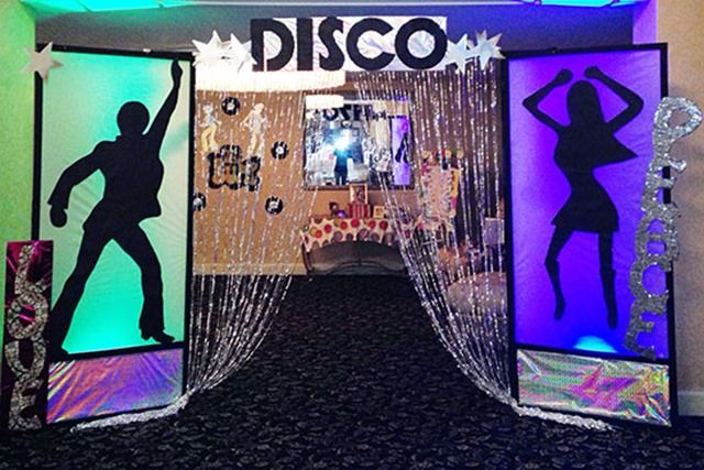 DISCO COUPLE STAND- IN LIFESIZE CARDBOARD CUTOUT 1970s ...