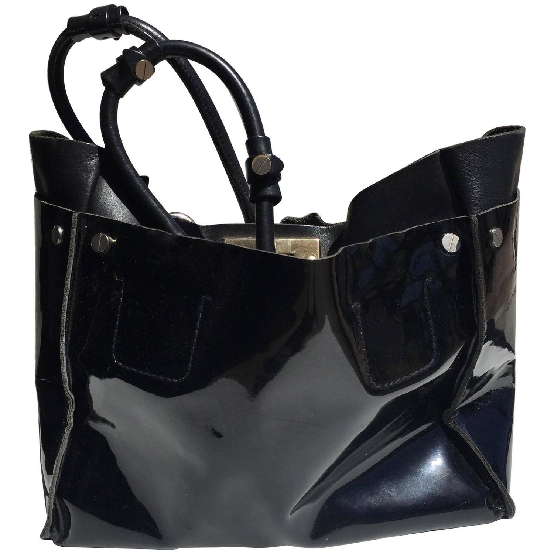 716509f0 Chloe Large Black Patent Leather Cyndi Tote Bag | Me | Black patent ...
