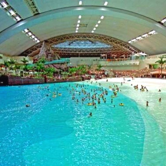 Ocean Dome In Japan Worlds Biggest Indoor Swimming Pool Oh - Indoor man made beach japan incredible