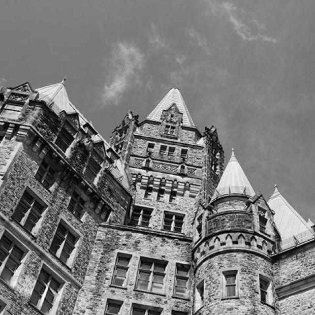Downtown #Ottawa (photo by Ashley Ladouceur)