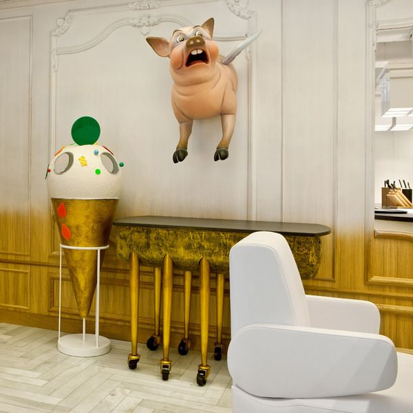 Restaurante Diverxo De David Muñoz Una Decoración De Fantasía Http Icono Interiorismo Blogspot Com Es 2015 0 Restaurant Interior Design Interior Art Art Toy