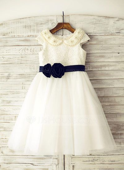 07cd37b7da9  US  59.99  A-Line Princess Knee-length Flower Girl Dress - Tulle Lace Short  Sleeves Peter Pan Collar With Beading (010105752)