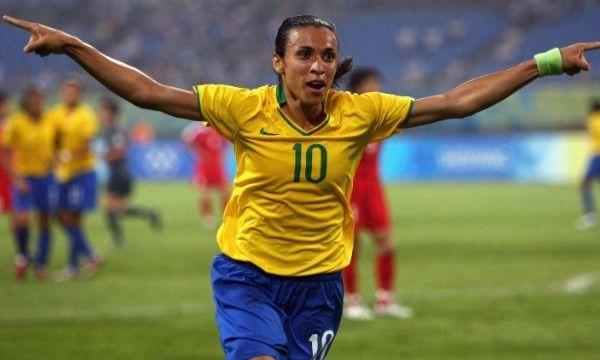 Best Female Soccer Players Marta Female Soccer Players Soccer Soccer Players