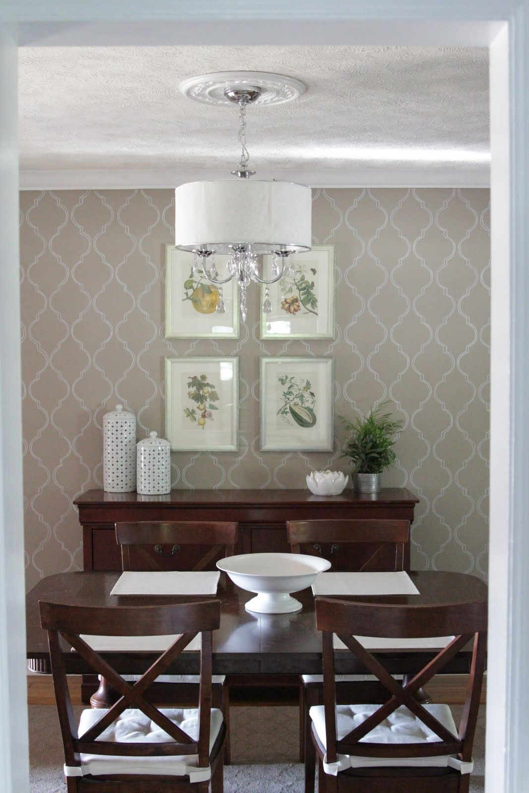 Nice for an accent wall Dining room wallpaper, Elegant