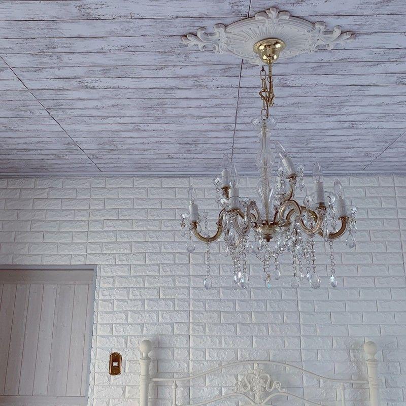 Diy初心者さんにも 簡単に天井をリメイクできる裏ワザ 天井
