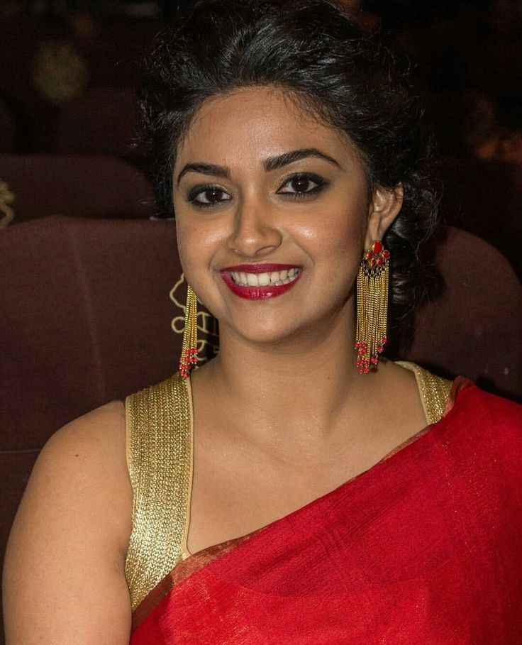 keerthy suresh biography age height husband family wiki
