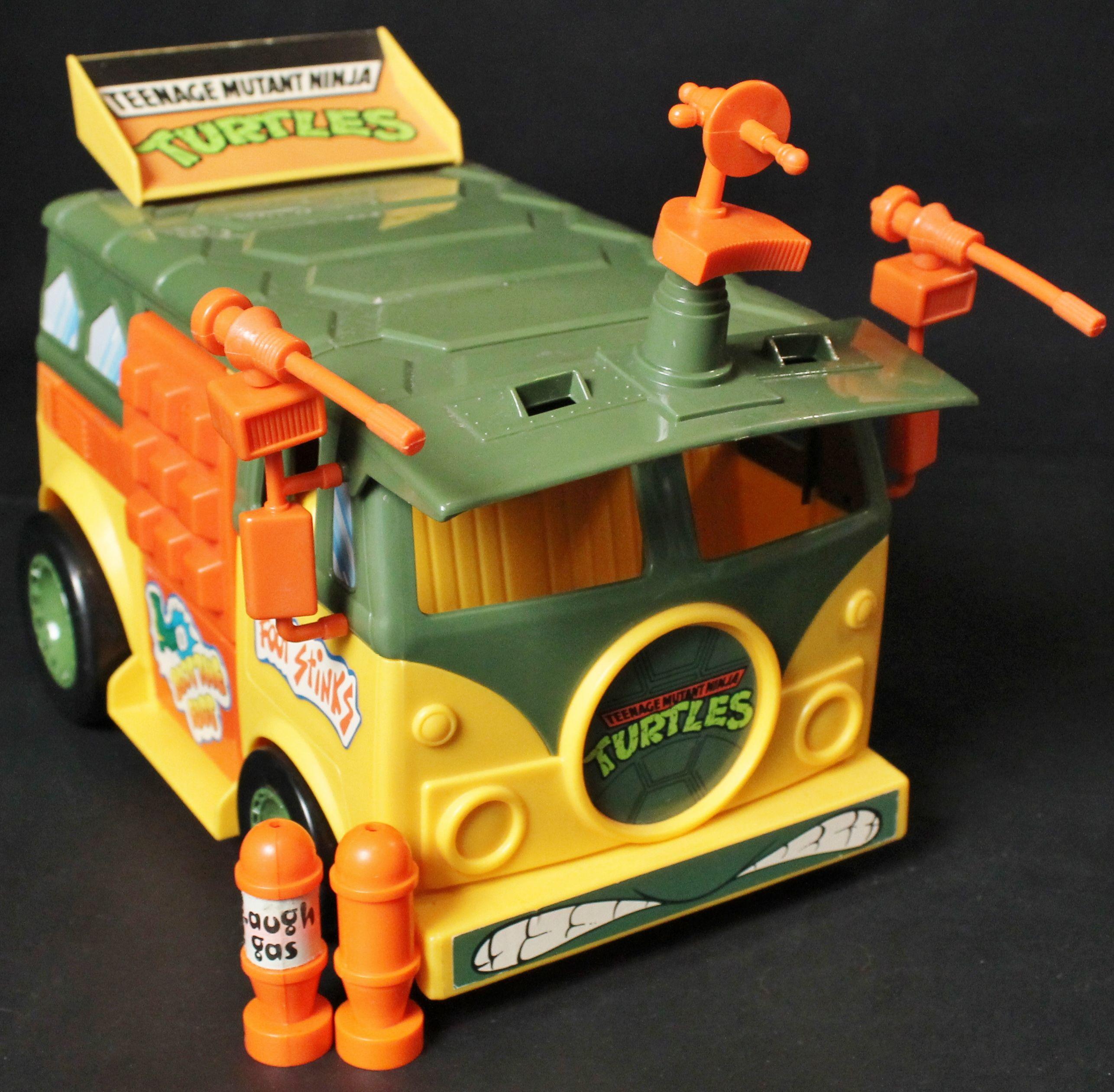 f26c86d51aa54 COWABUNGA !!! TMNT Teenage Mutant Ninja Turtles Party Wagon Action ...