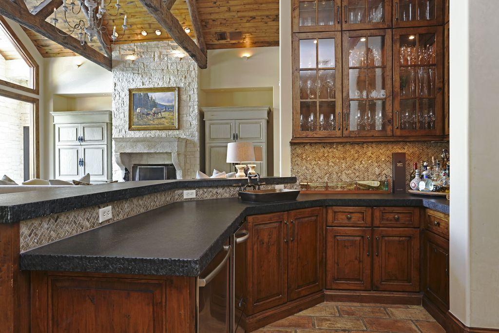 Corbel Custom Homes, Inc. SANDALWOOD b a r 's