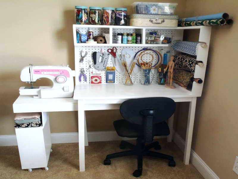 Beau Craft Storage Desk Elegant Living Room With Crafts Wood Desk Pink Shades  White Sewing Machines And Dark Recollections Craft Storage Desktop Carousel  ...