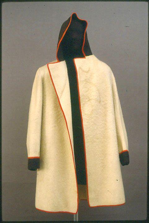 HUDSON BAY CAPOTE.   Mountain man clothing, Native