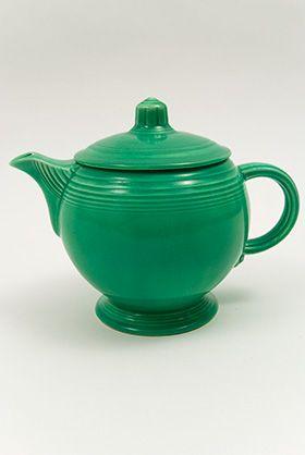 Vintage Fiestaware Teapot In Original Green Glaze For Sale Fiestaware Fiesta Dinnerware Tea Pots