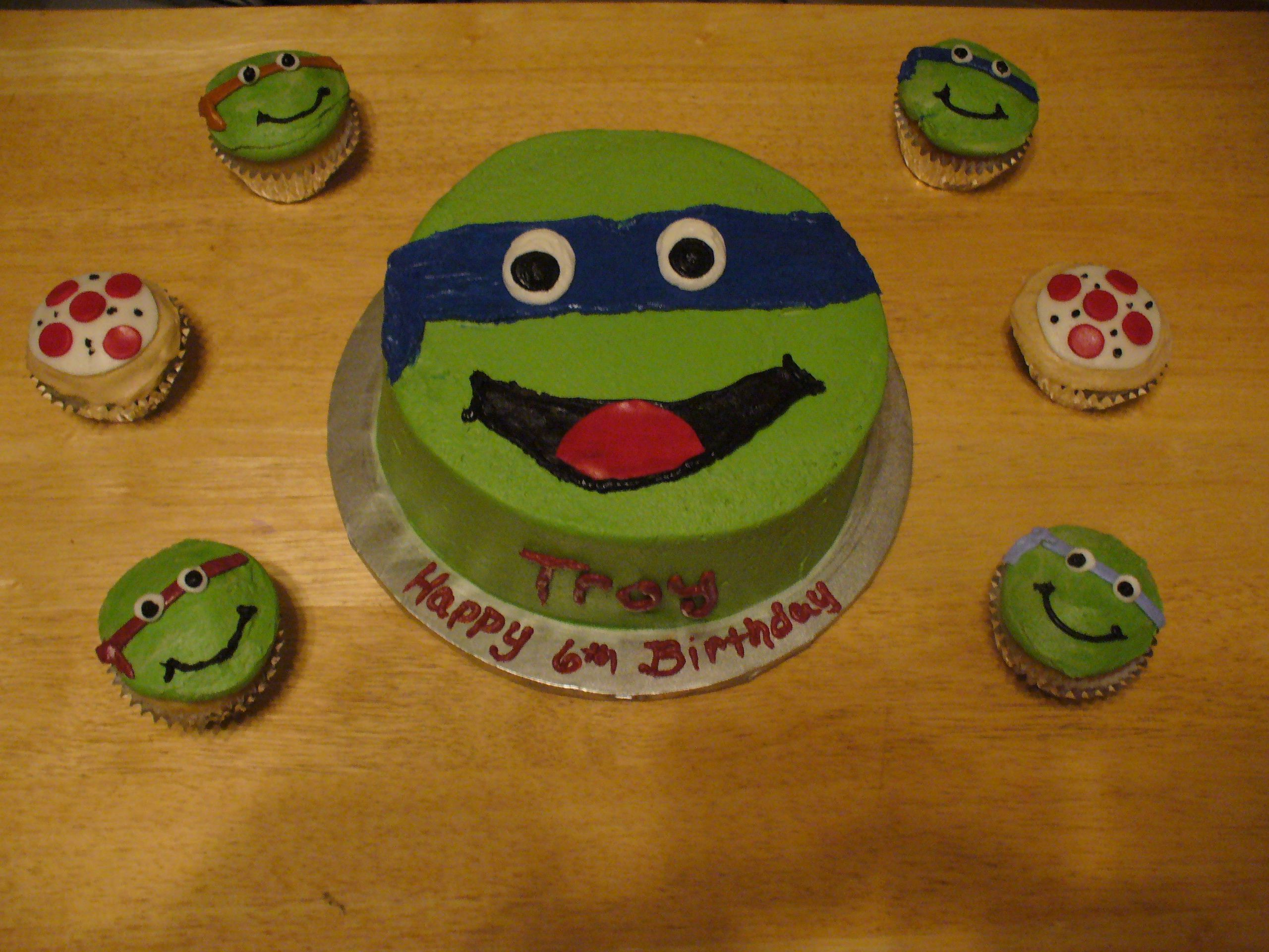 TMNT Birthday Cake Simple I think this is manageable for me