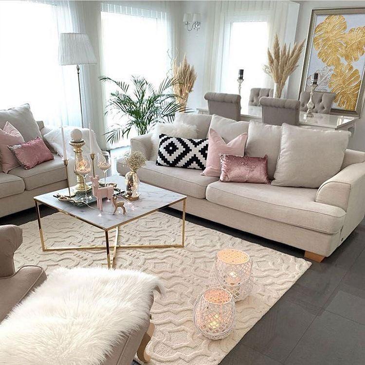 أجمل ديكور On Instagram حسابي برعاية طاولات تحف هدايا مكياج عطور Toha Home Room Design Living Room Decor Apartment Living Room Decor Cozy