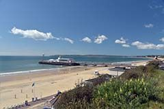 Seven miles of golden beaches in Bournemouth